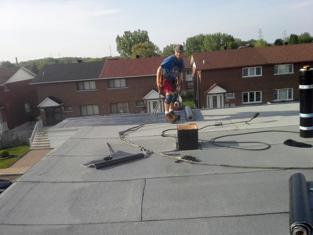 installation r novation toiture toit plat bardeaux. Black Bedroom Furniture Sets. Home Design Ideas