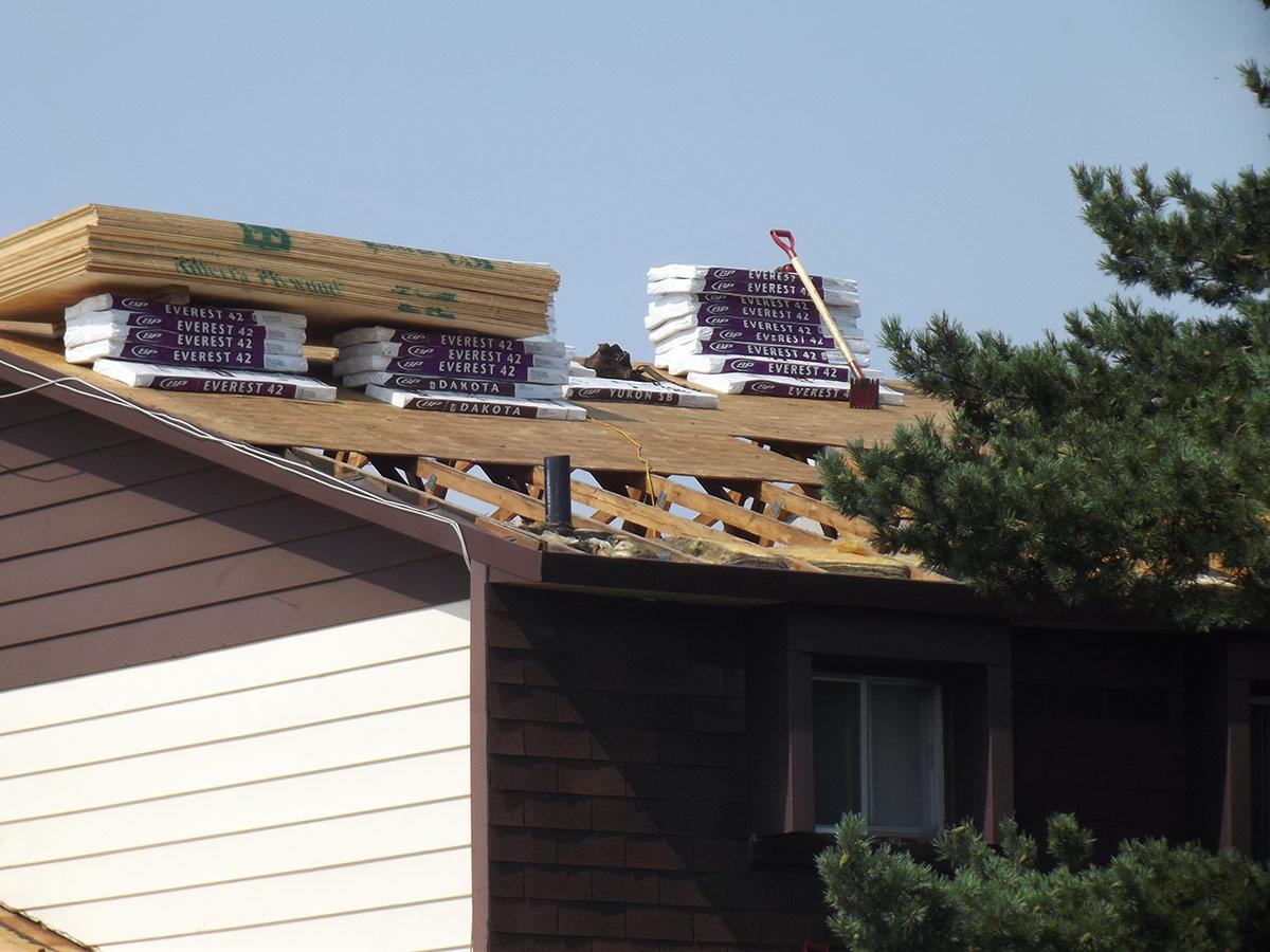 Installation r novation toiture toit plat bardeaux for Materiaux toiture
